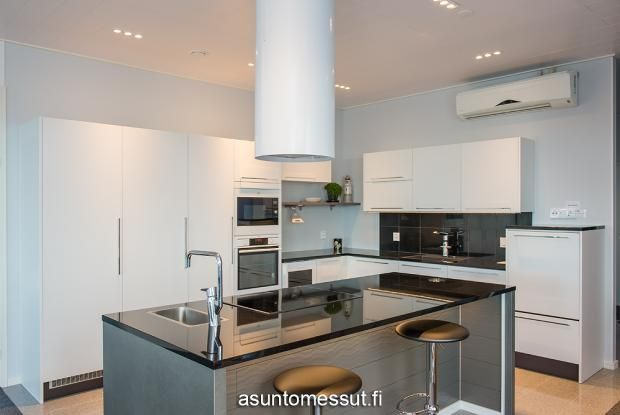 15 ABB-talo - Keittiö @ Loma-asuntomessut Kalajoella