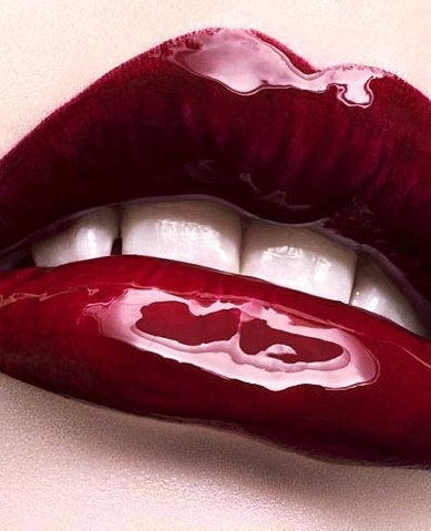 High Gloss Red Lip Vampire Lol Love This Look Metallic