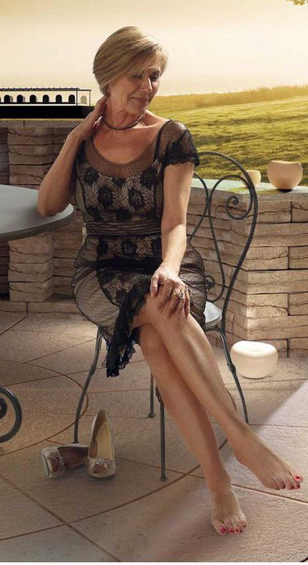 tumblr_onzhi20fjx1w8pdyqo1_1280 (1047×1920)   mature women
