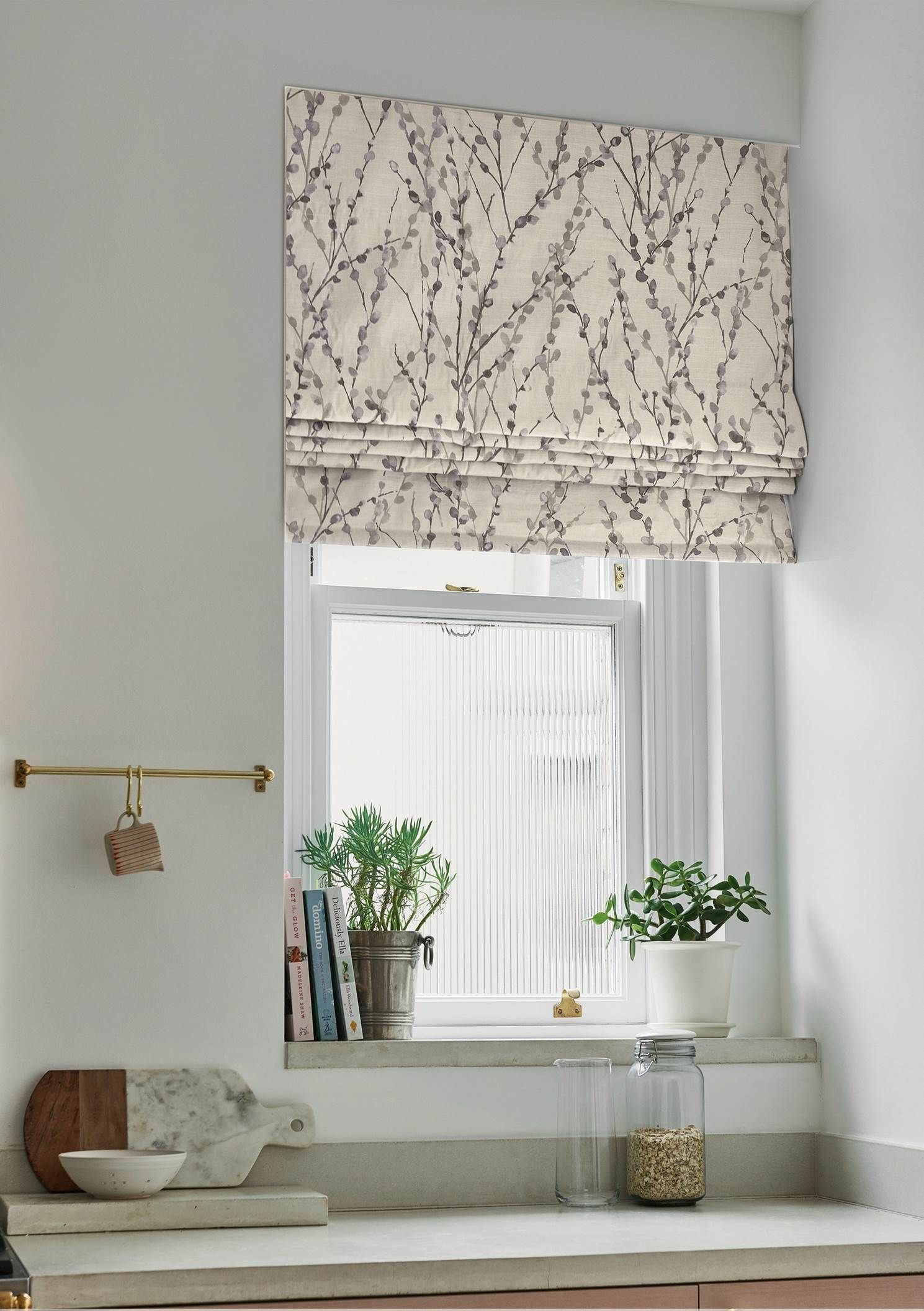 11 Quick Easy And Affordable Kitchen Updates Real Homes Roman Blinds Bedroom Curtains Roman Blinds