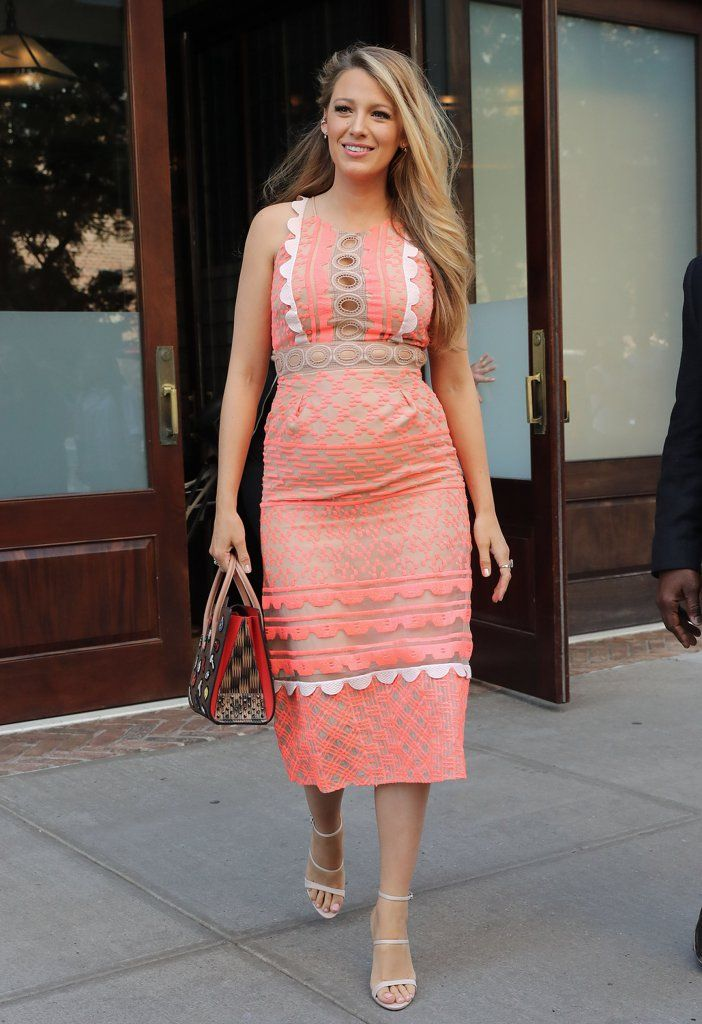 The Best Part About Blake Lively\'s Outfit Is Obviously the Bag ...