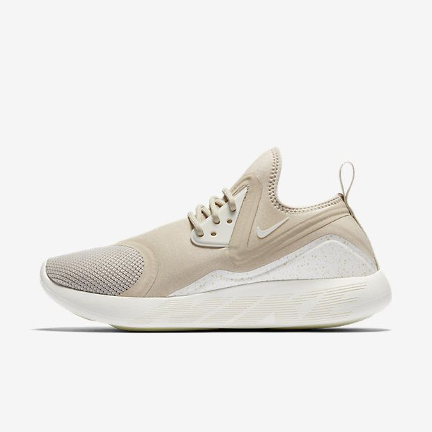 Nike LunarCharge Essential Women\u0027s Shoe