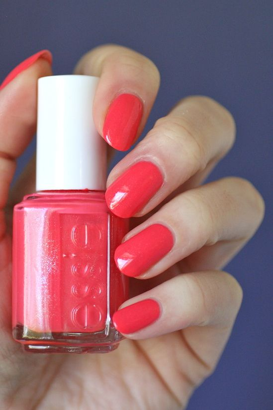 Hey Essie Lovers! It\'s been a couple months since my last comparison ...