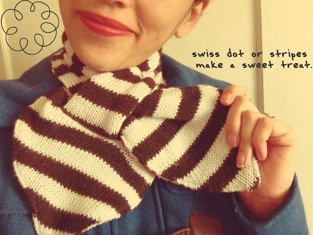 Grosgrain: DIY Scarf Month: Neckerchief Scarf with FREE PATTERN
