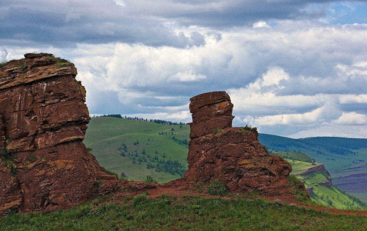 Россия, Республика Хакасия, Орджоникидзевский район, горная гряда Сундуки.