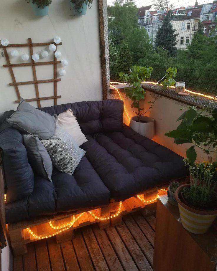 Photo of #balcony Liegewiese für einen kleinen Balkon
