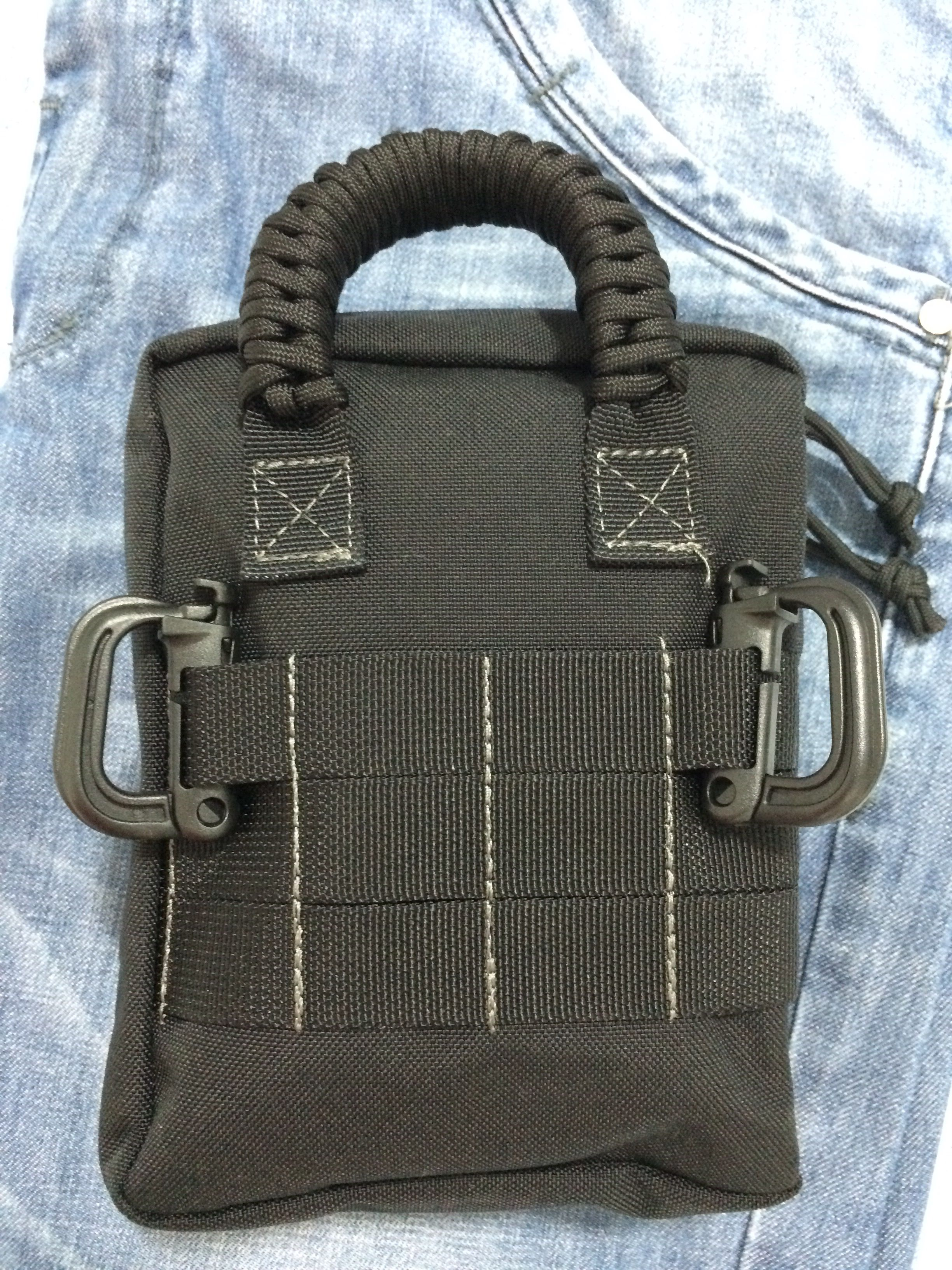 Carabiners And Paracord Strap In Maxpedition Beefy Functional Customization Everyday Carry Bag Edc