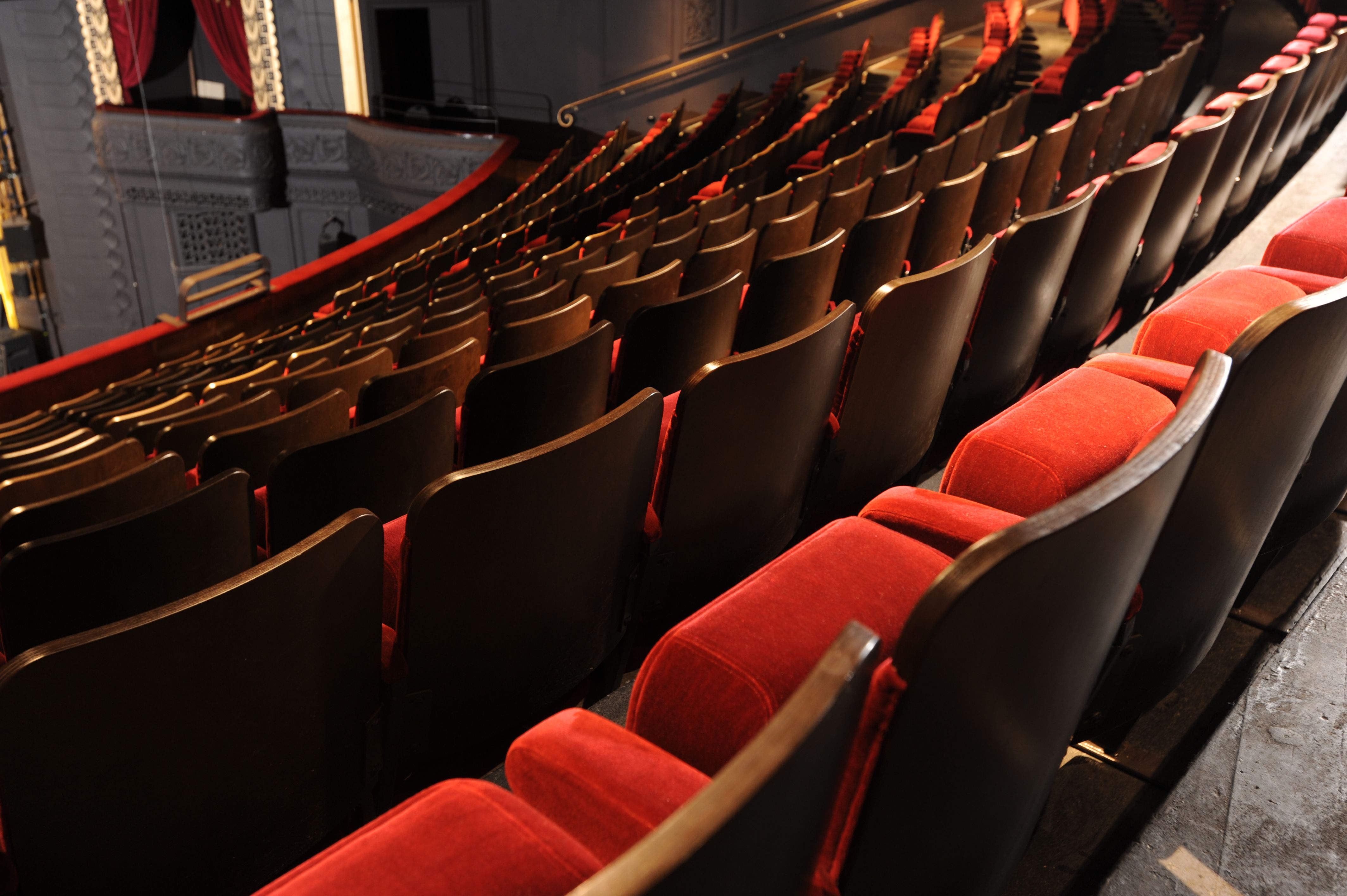 the ambassador is a traditionally styled theatre chair, ideal for