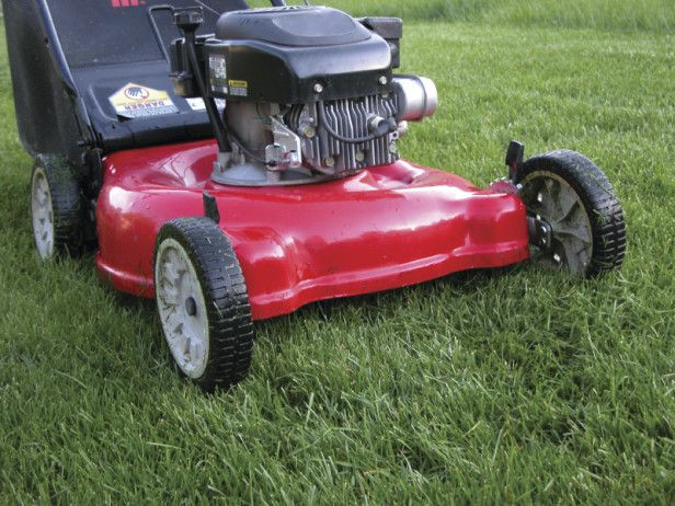 14 Landscaper Tips And Tricks Lawn Mower Maintenance Lawn Mower Crab Grass
