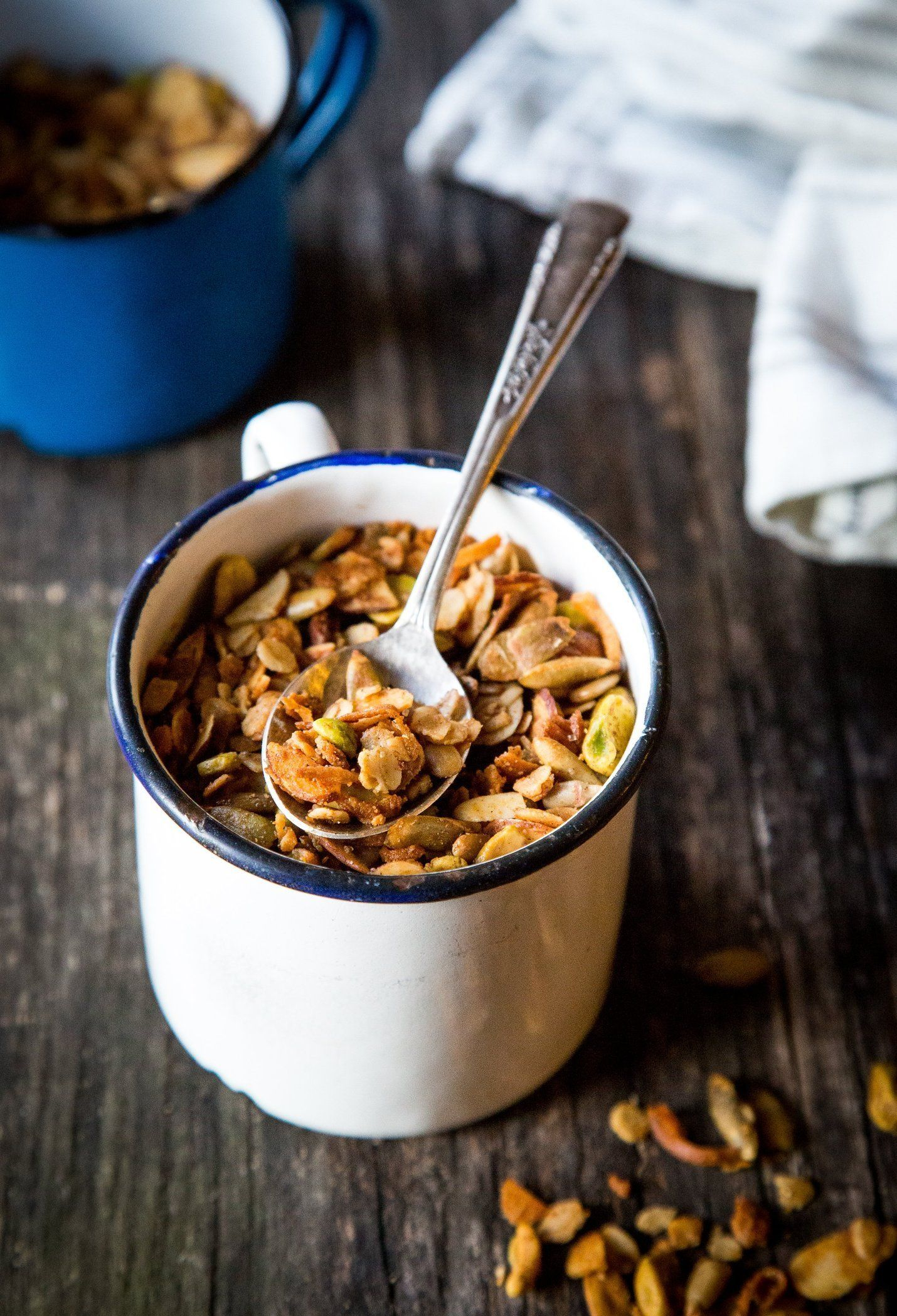 Cardamom-Spiced Granola with Tahini   Rezept   Frühstück rezepte ...