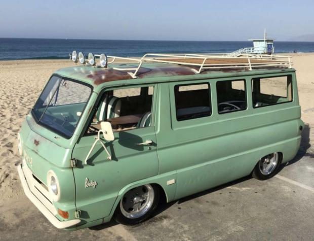 Turf Green Custom: 273/727 1965 Dodge A100