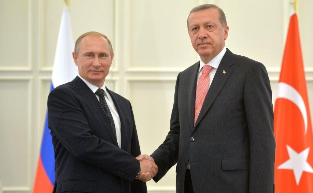 Vladimir Putin calls for broad international anti-terror front