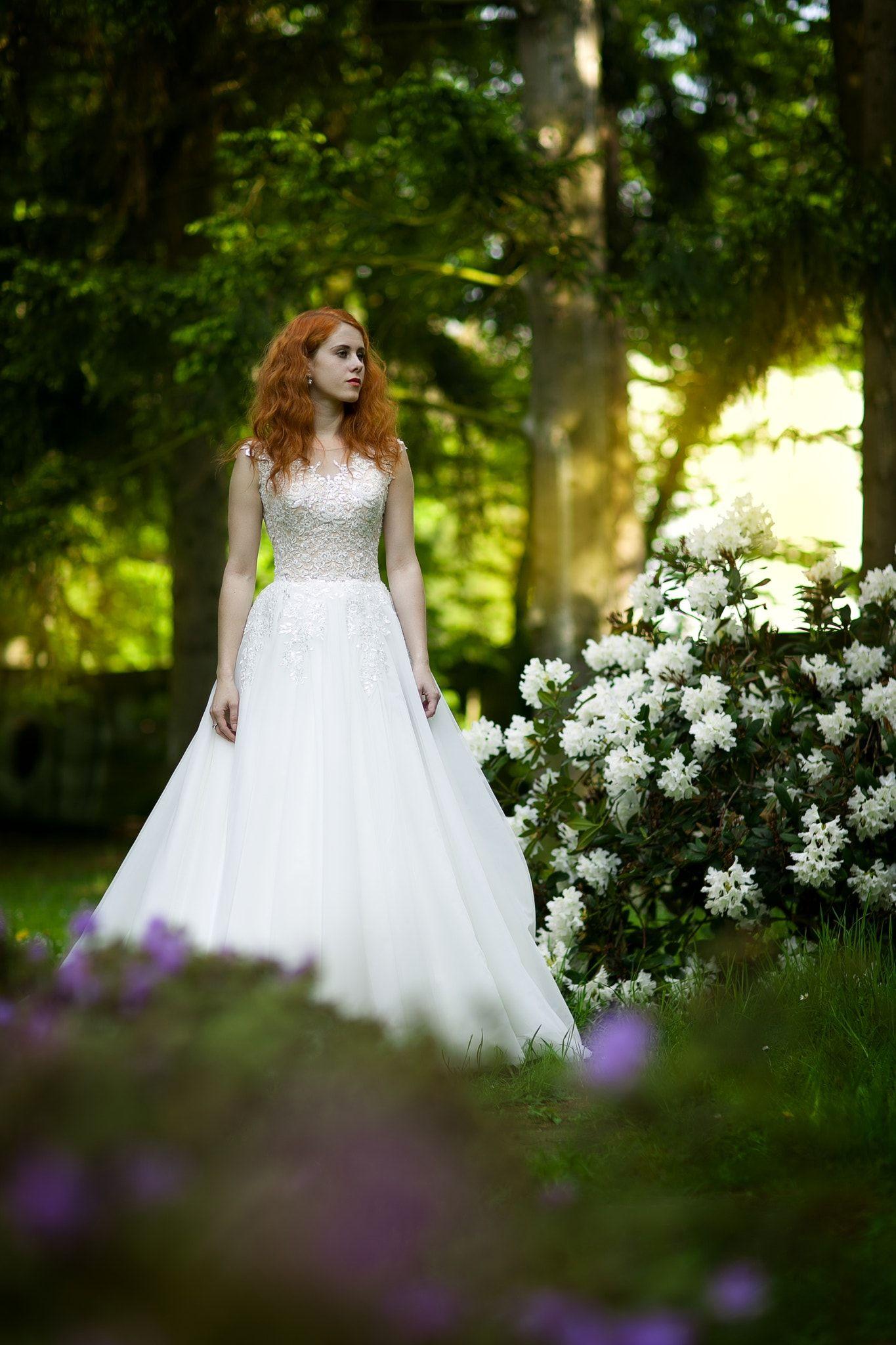 wedding - null   Robes romantiques et féminines   Wedding, Girl ... b941ffad8397