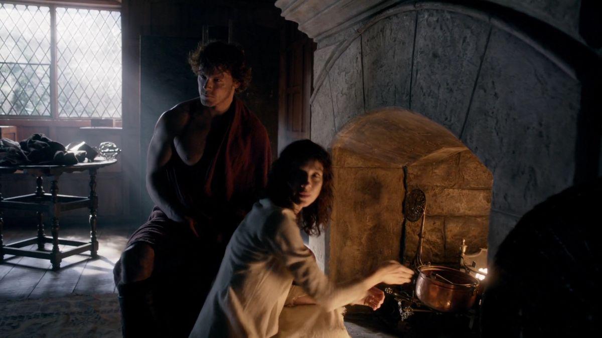 1340+ UHQ (1080p) Screencaps of Castle Leoch | Outlander Online