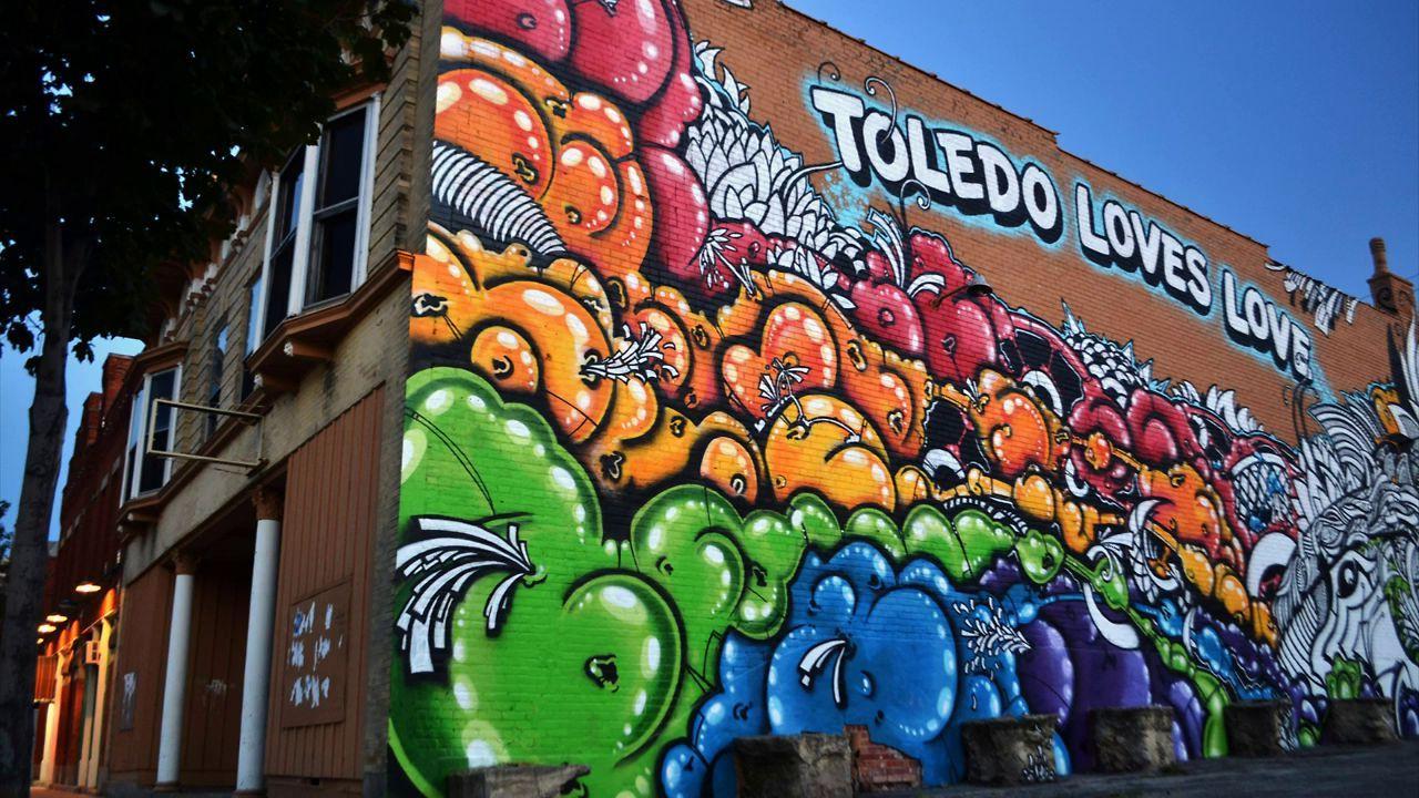 Toledo loves love mural timelapse progress video art