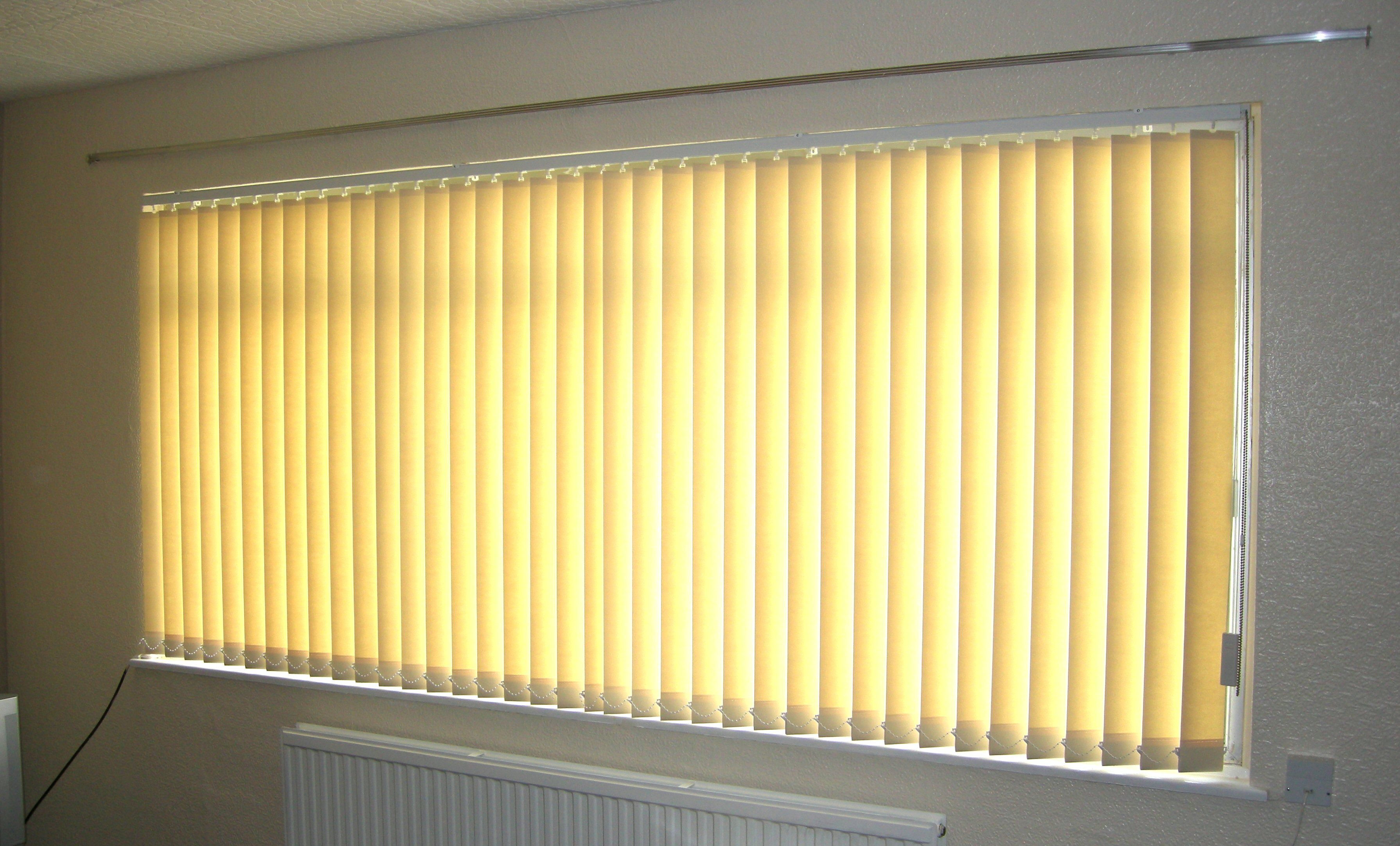 Mural of most common types of window blinds