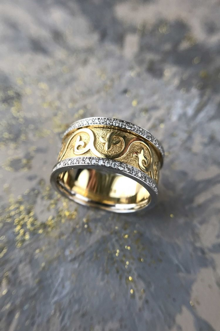 Floral Wedding Band, Lily ring, Fleur De Lis Ring ...