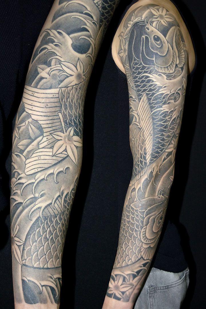 Black And Grey Koi Sleeve Tattoo Tattoo Feeds Tatoeage Ideeen Tatoeage Tatoeages
