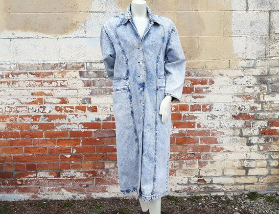 9a96aa2325 AWESOME Vintage 1980s Acid Washed Denim Jacket Oversized Trench Coat Style  Full Button Front Light Purple Buttons 2 Large Hip Pockets 2 Small Front  Pockets ...