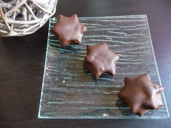 Papilles on/off: Bouchées 3 chocolats (sablé cacao, ganache praliné...