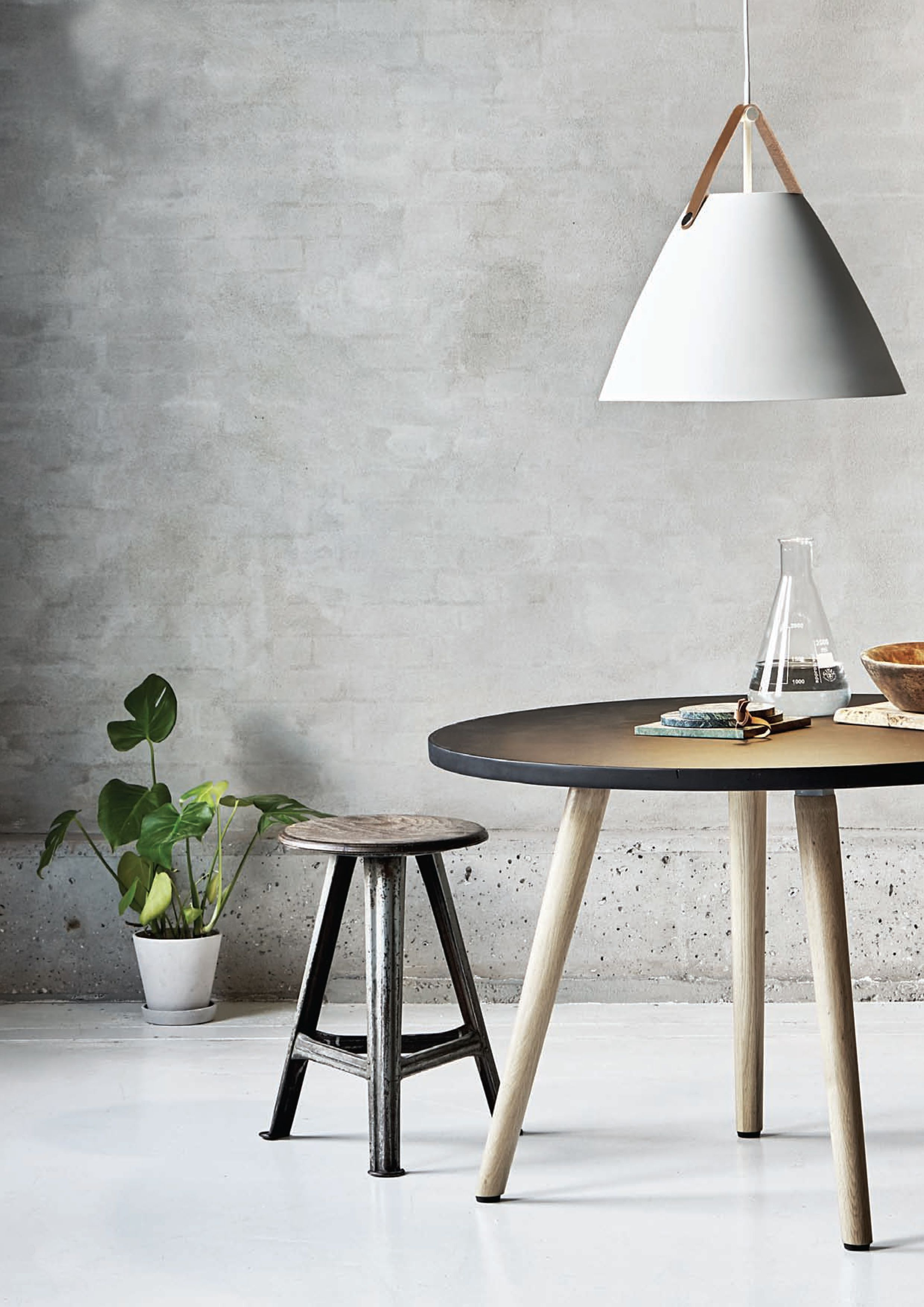 nordic lighting. Metal And Leather Meets Nordic Lighting Design 👌 // Home-of-light. E