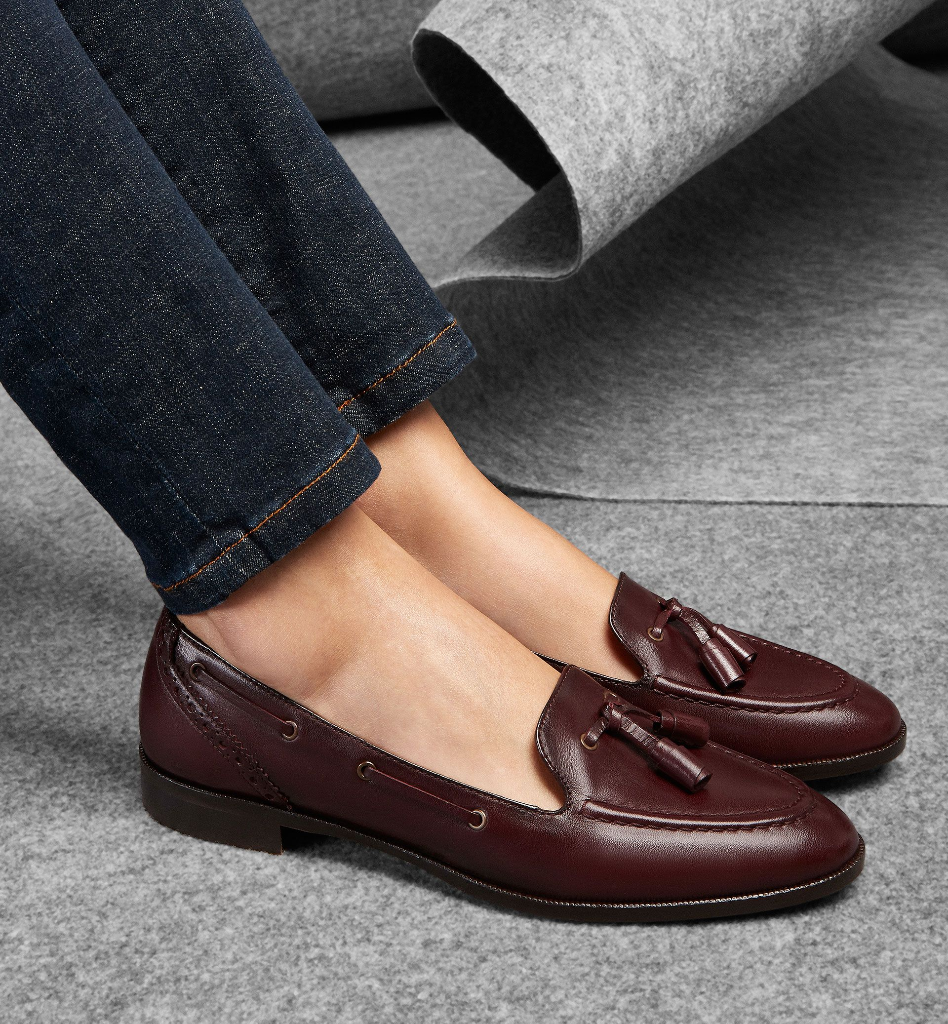 BURGUNDY TASSEL LOAFERS