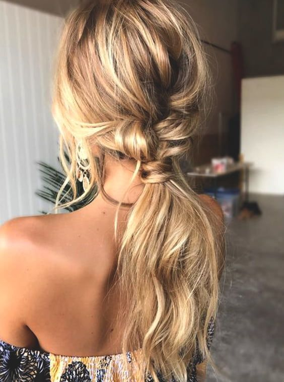 Discover more ways to style your hair for your next prom ...