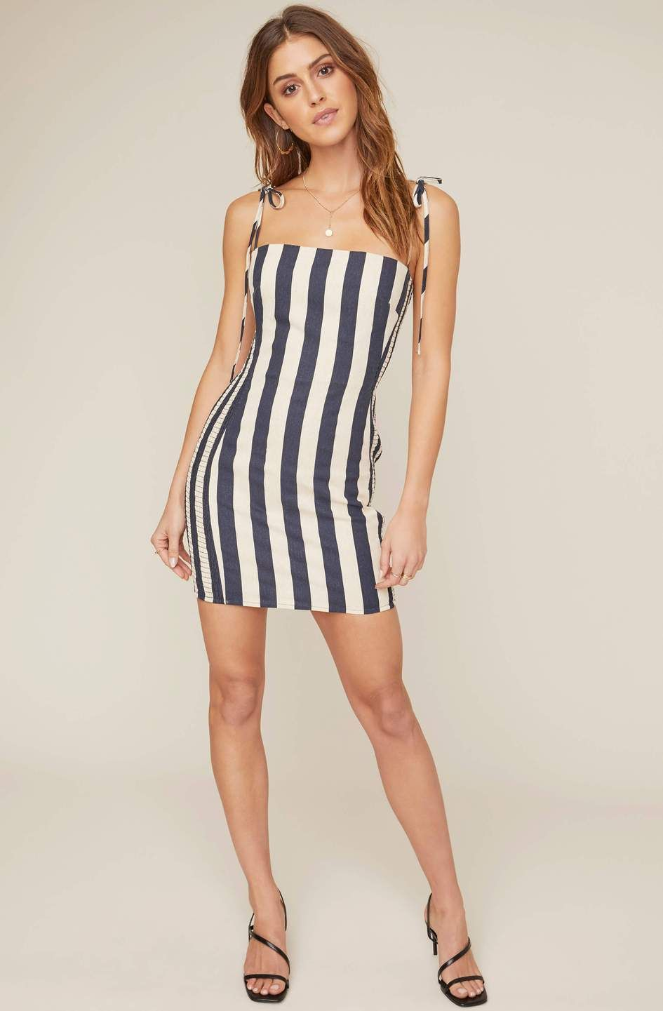 Lena Striped Bodycon Dress Hemline Striped Bodycon Dress Bodycon Dress Dresses [ 1441 x 945 Pixel ]