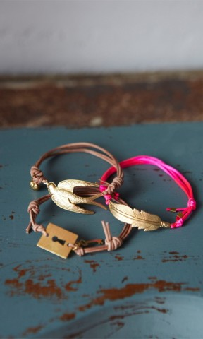 Friendship Bracelets - Plümo Ltd