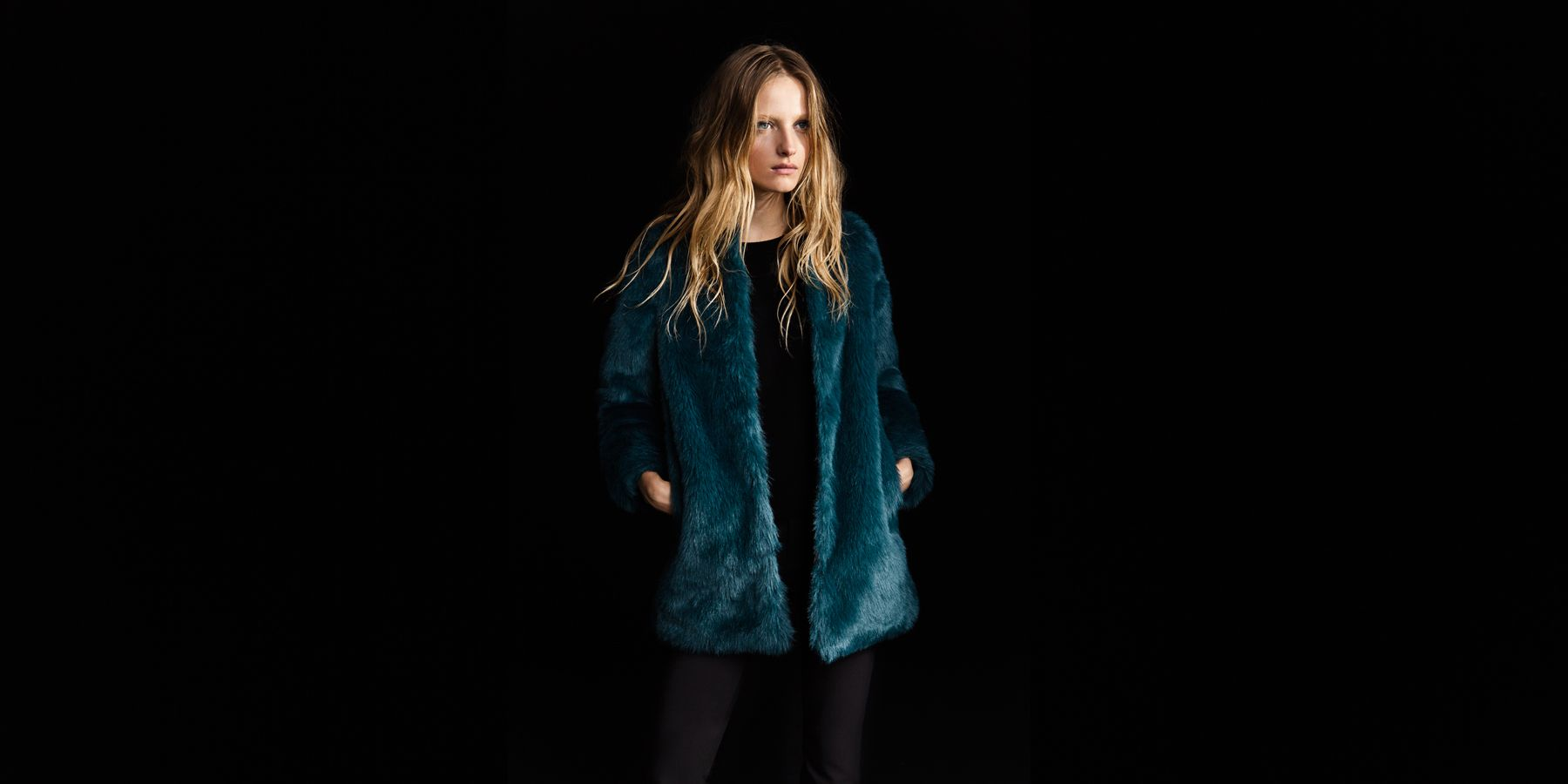 I love the color of this faux fur jacket from @Zara_US