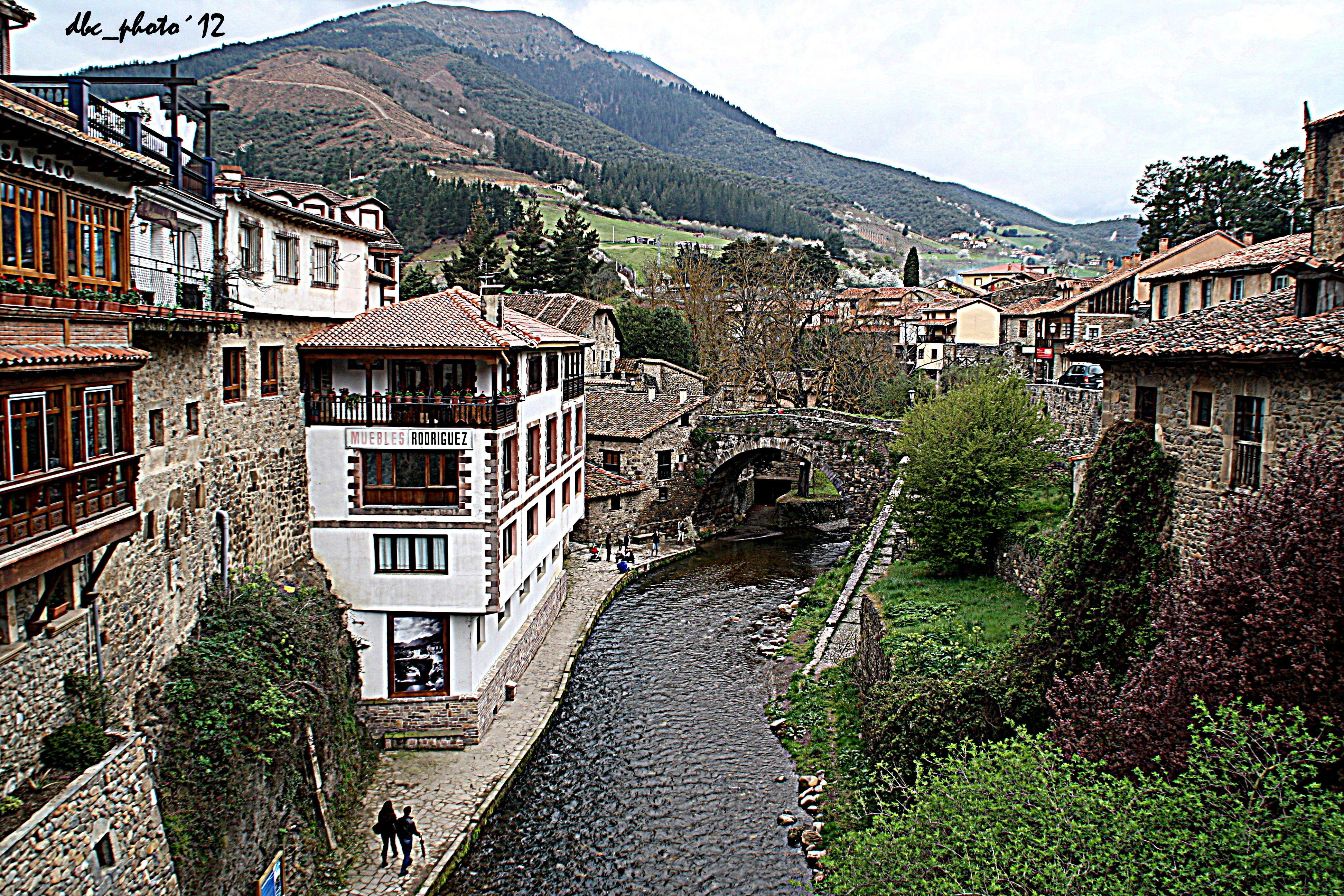 Potes cantabria lugares pinterest rivers - Vacaciones en cantabria ...