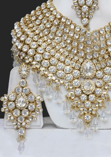 7c186a4eb51 Artificial Heavy Bridal Costume Jewellery Sets