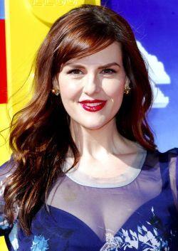 f4e090cf31c6 Sara Rue will play Olivia Caliban aka Madame Lulu!  x