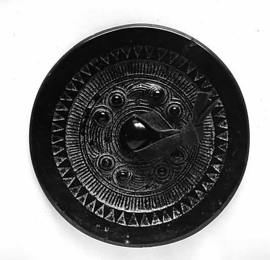 Mirror Period: Han dynasty (206 B.C.–A.D. 220) Culture: China Medium: Bronze, lacquer patina