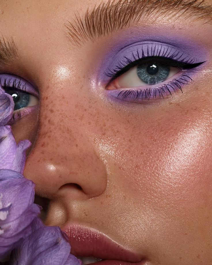 Photo of Lila Stimmung  @daisywhittaker_ von Tamara Williams & ich #nikki_makeup Scha Edi…