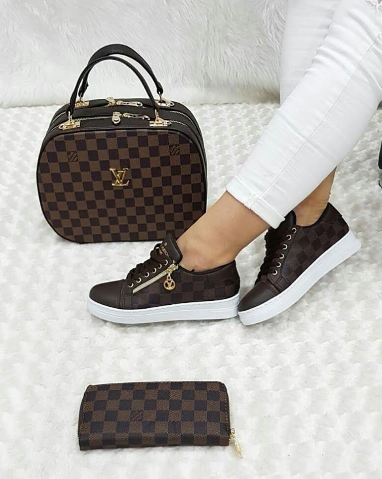 Louis Vuitton 2622 Canta Spor Ayakkabi Cuzdan Kombin Louis Vuitton Shoes Sneakers Louis Vuitton Louis Vuitton Shoes