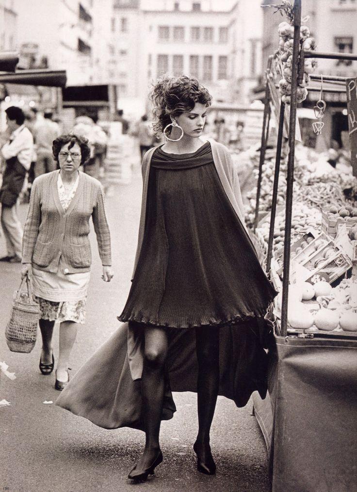 Linda Evangelista for Vogue France, September 1988.