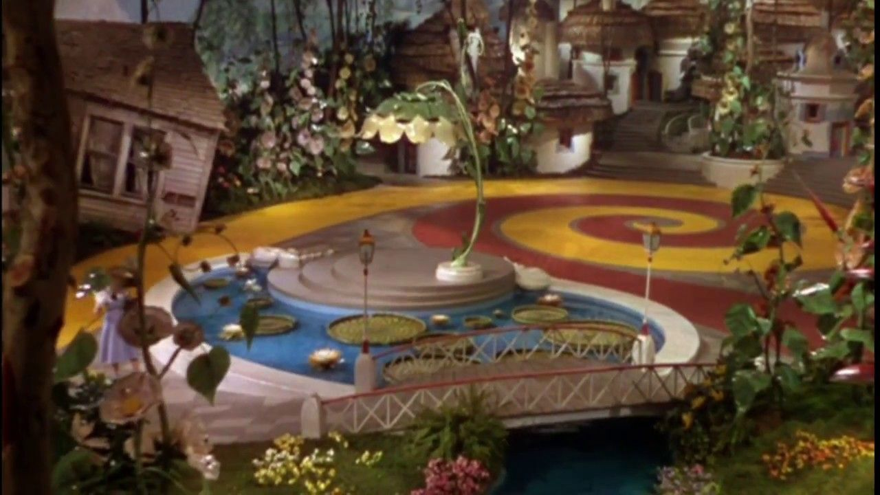 The Wizard Of Oz (1939) Dorothy Steps Into Technicolor
