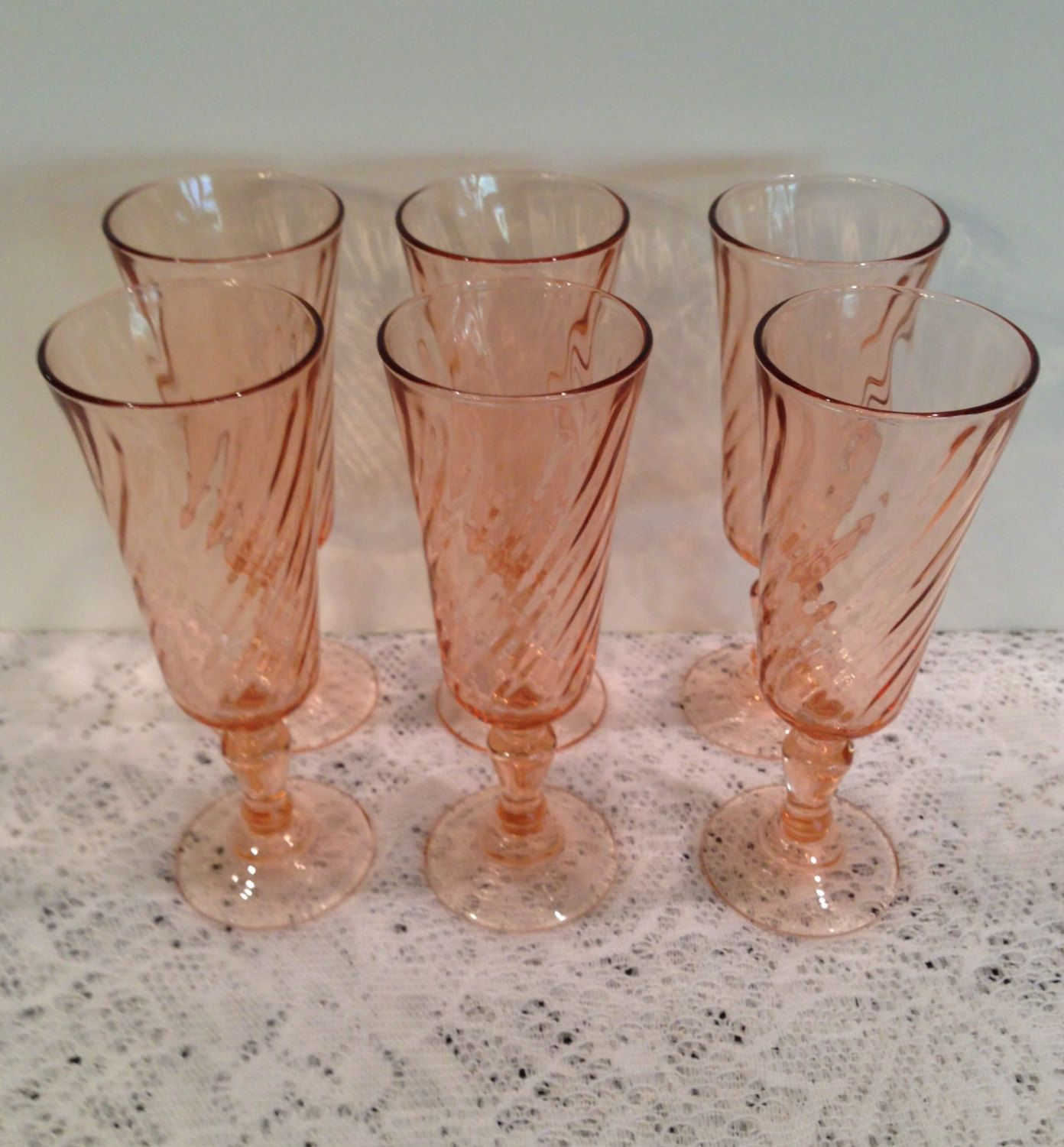 Arcoroc Pink Swirl Champaign Flutes, Vintage, Tempered Glass, Made In