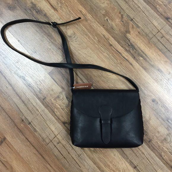 Bags - Black crossbody
