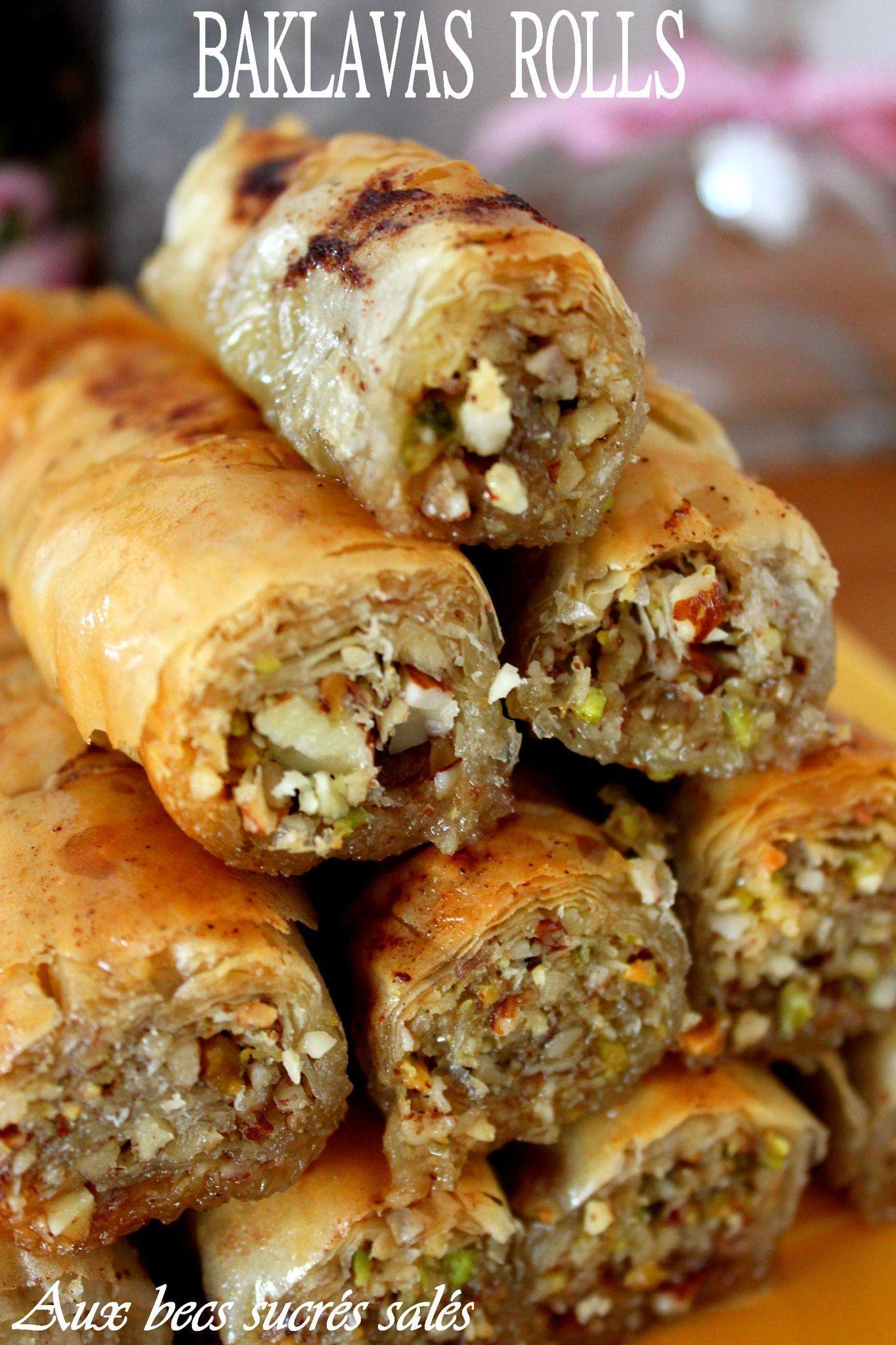 Baklavas Rolls Noix Amande und Pistache Aux werden verkauft  – Greek Meat Dishes