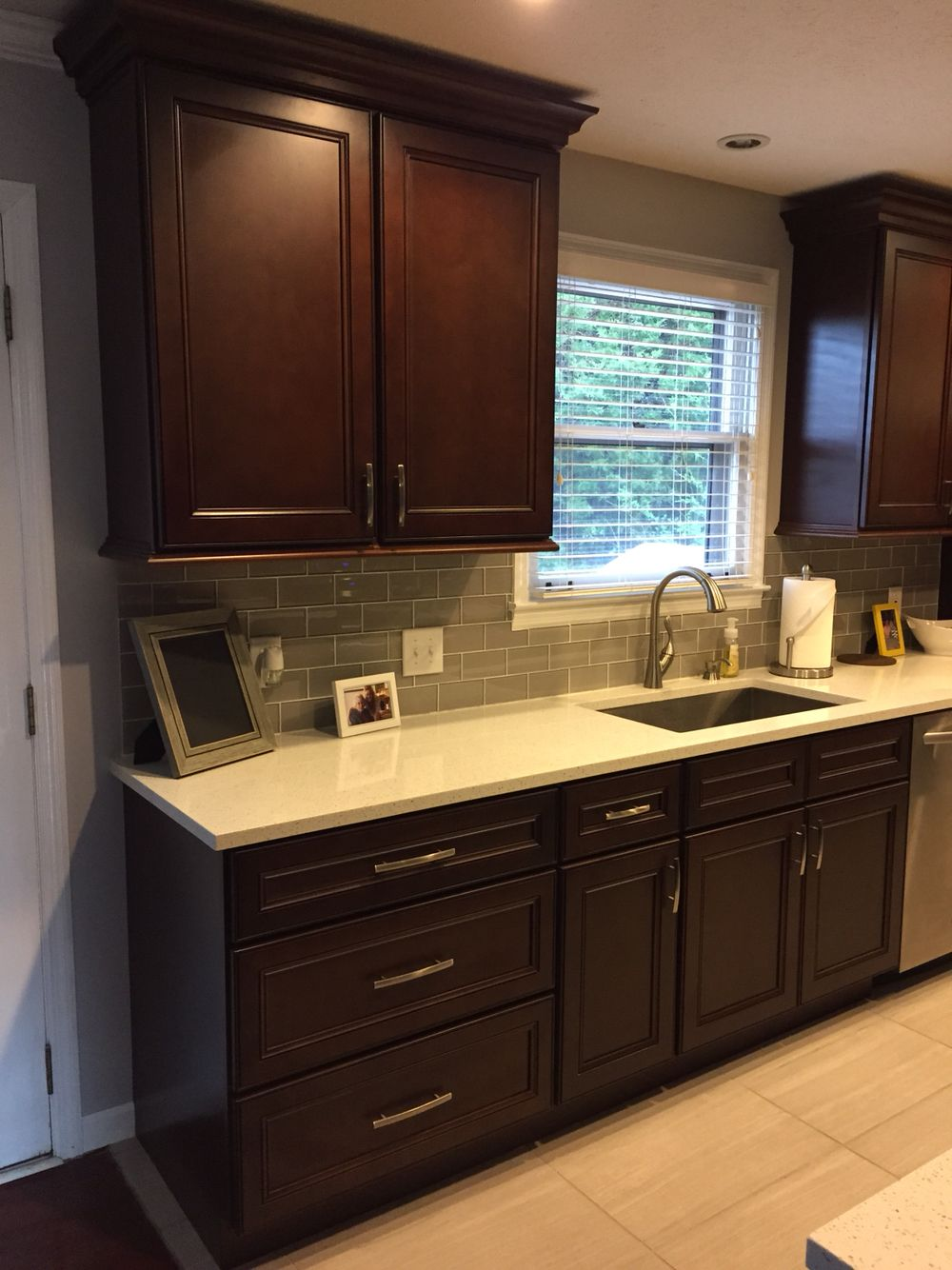 Lily Ann Cabinets York Chocolate Cabinets Http Www Lilyanncabinets Com York Chocolate Kitche Dark Wood Furniture Decor Dark Wood Furniture Kitchen Cabinets