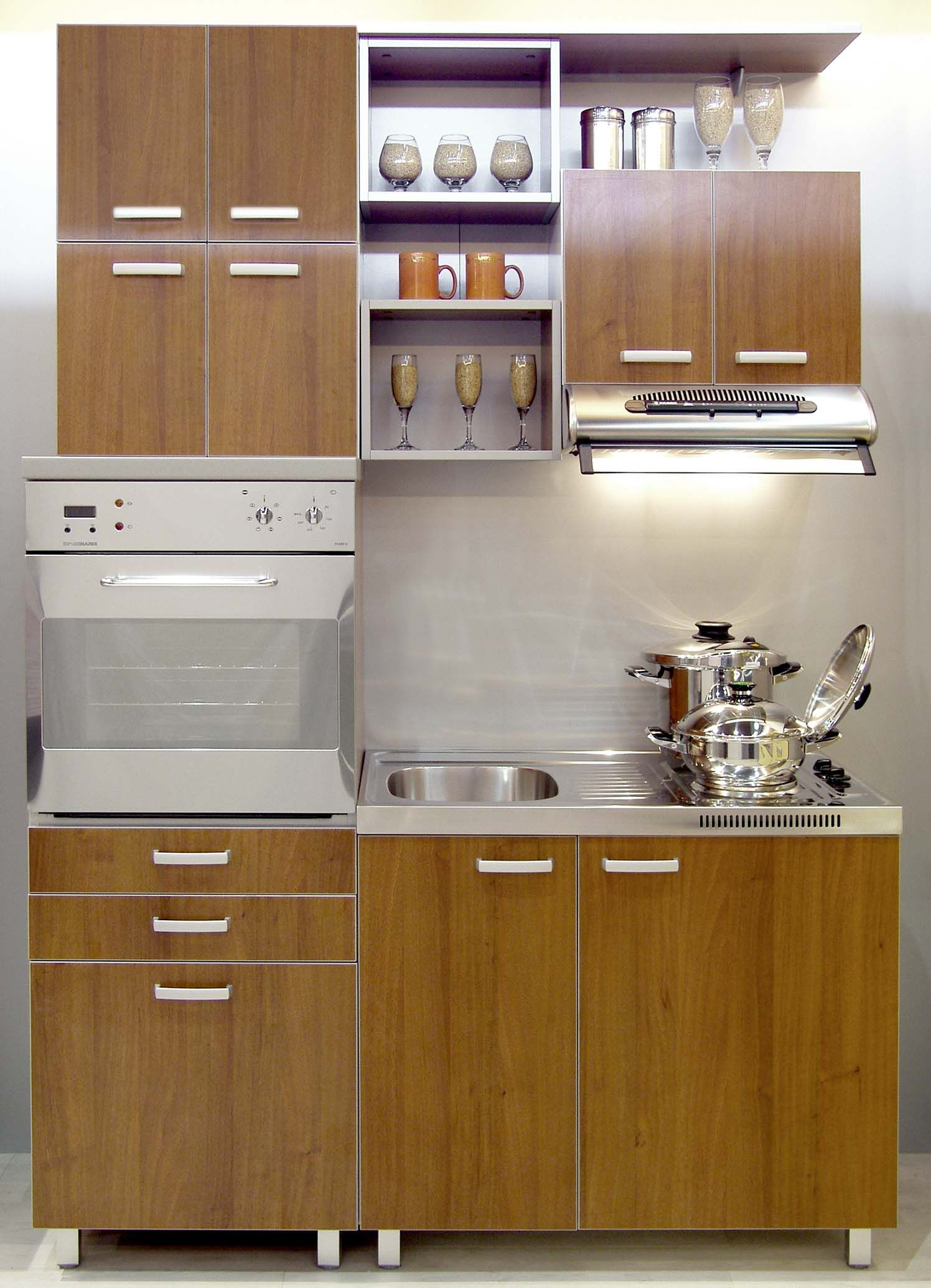Small Kitchen Cabinet Design