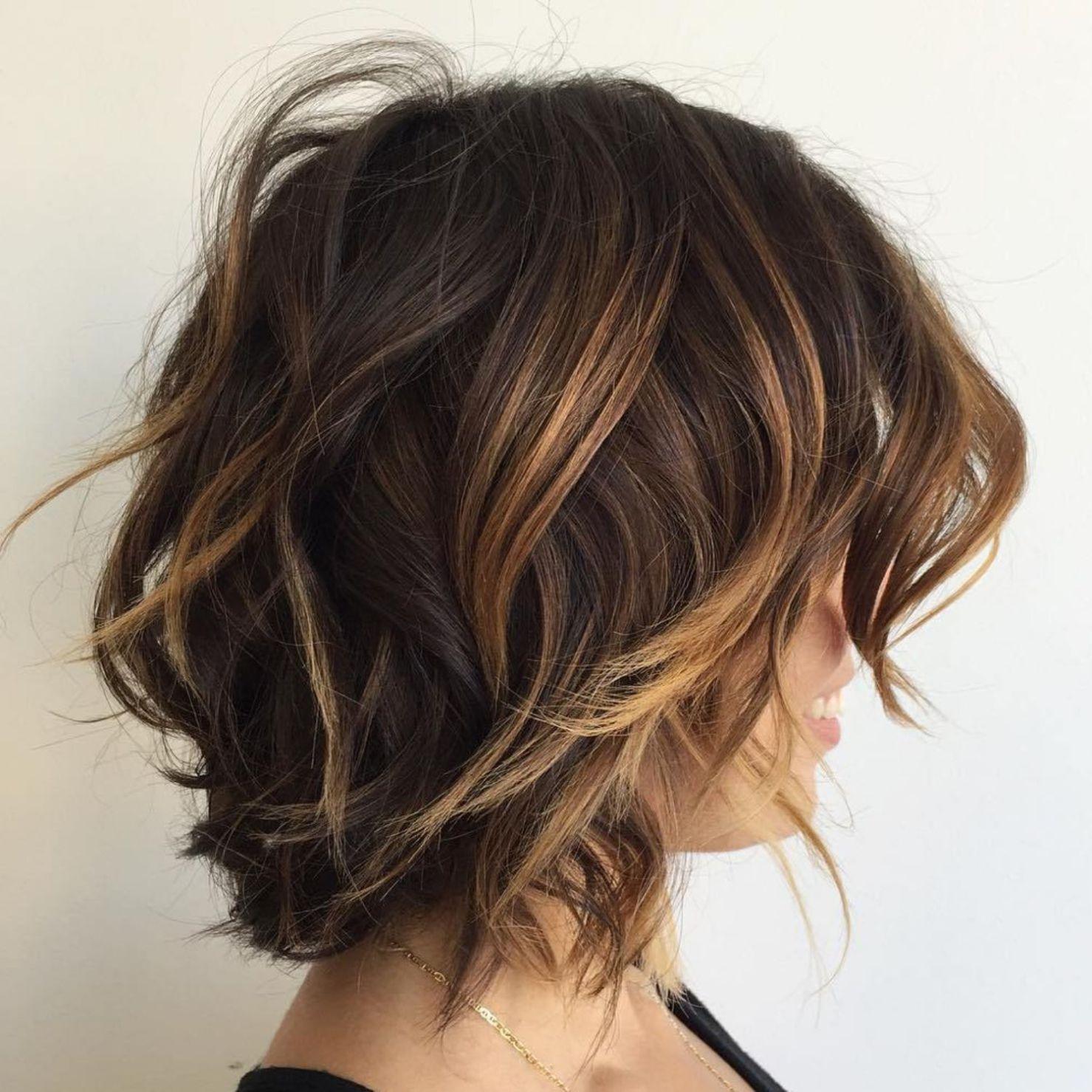 Brown Choppy Bob With Caramel Highlights Brunette Hair Color Short Brunette Hair Hair Styles