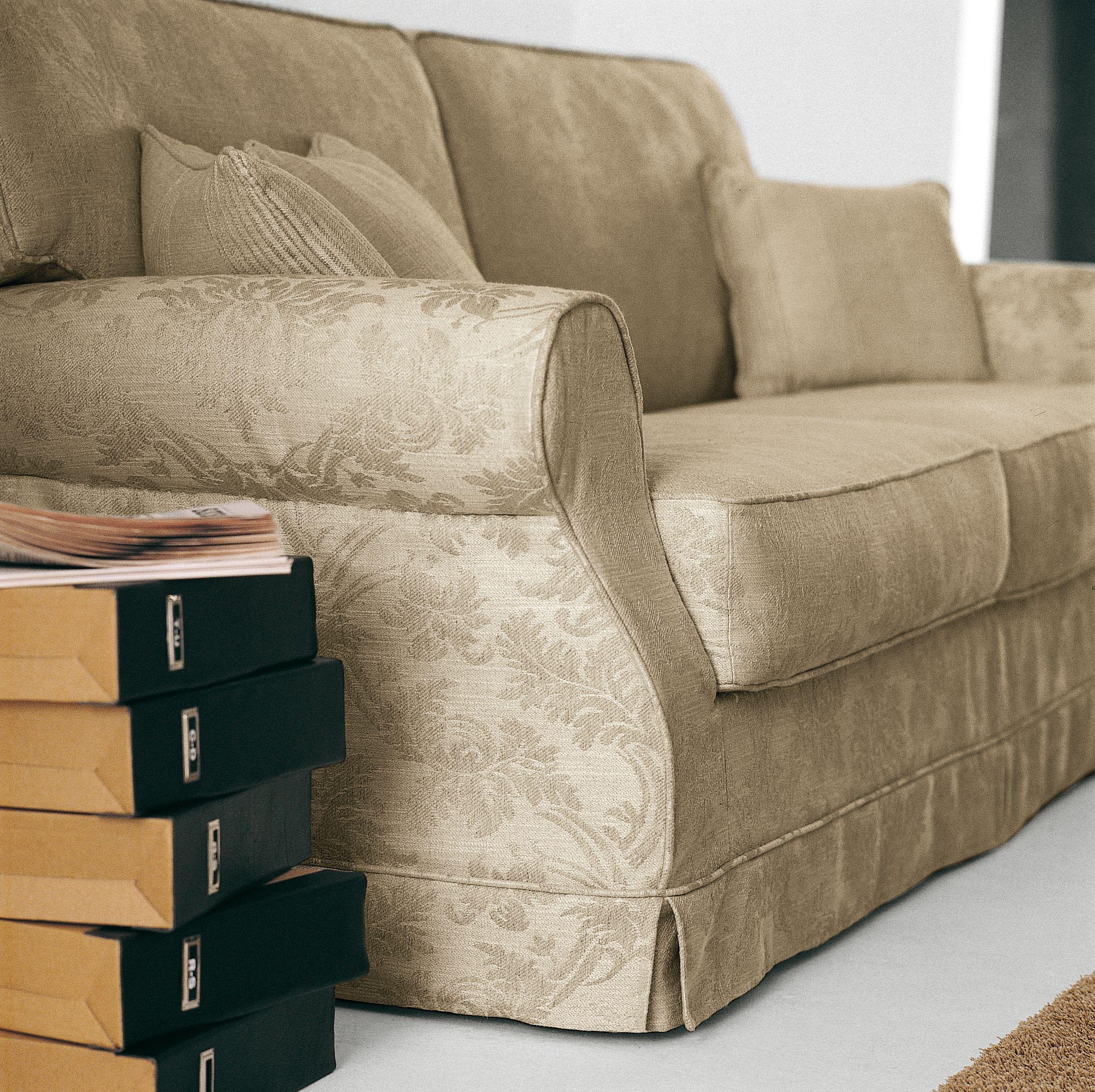 Gordon, sofa and sofa bed by Milano Bedding. (con immagini