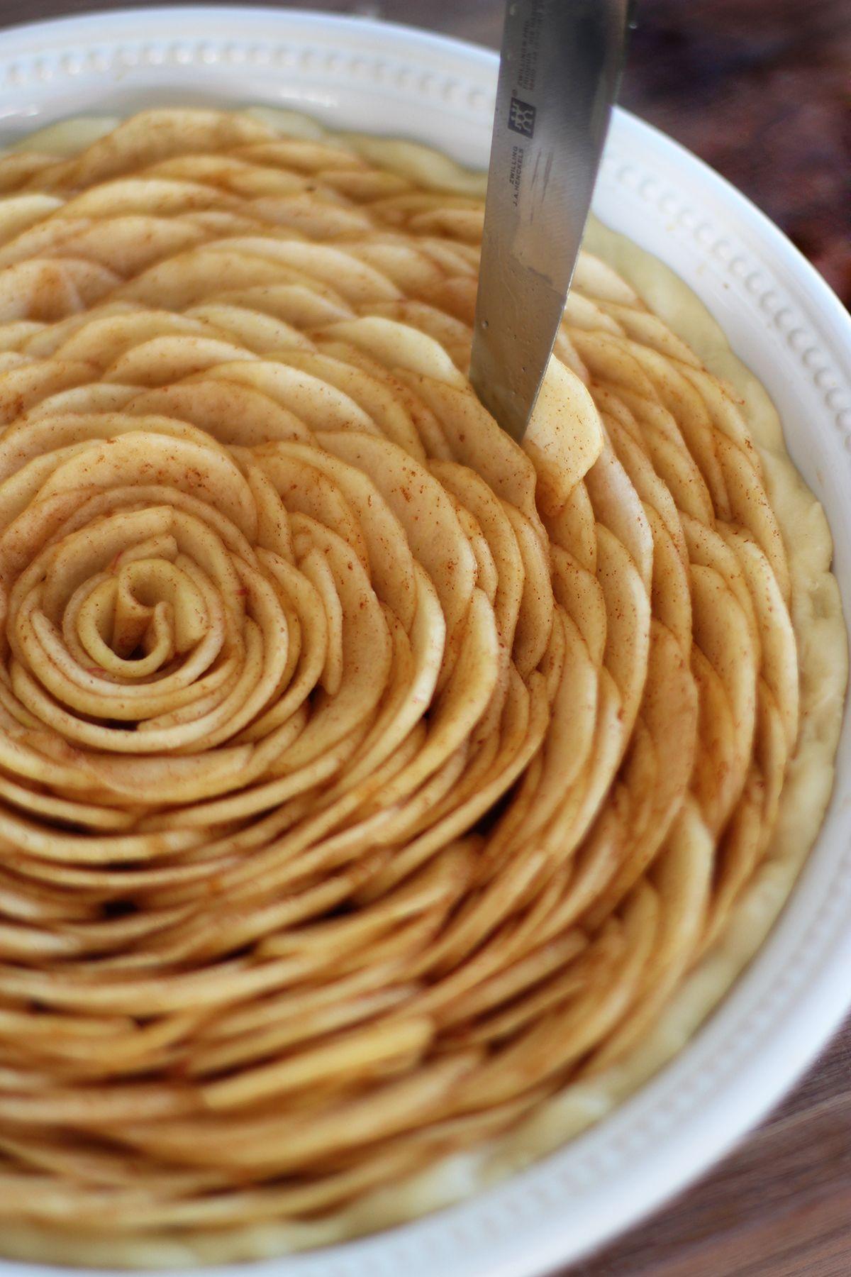 Apple pie recipe - BBC Food