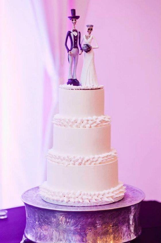 day of the dead/dia de los muertos wedding cake topper   Cakes ...