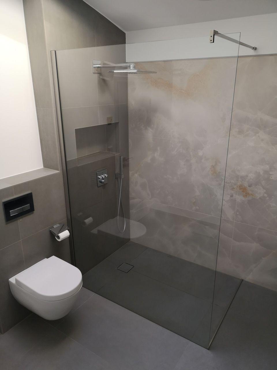 Walk In Dusche Aus Glas Walk In Dusche Badezimmer Bauen Badezimmer Renovieren
