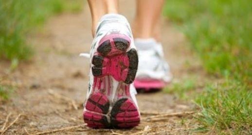 Découvrez comment seulement 15 minutes de marche peuvent