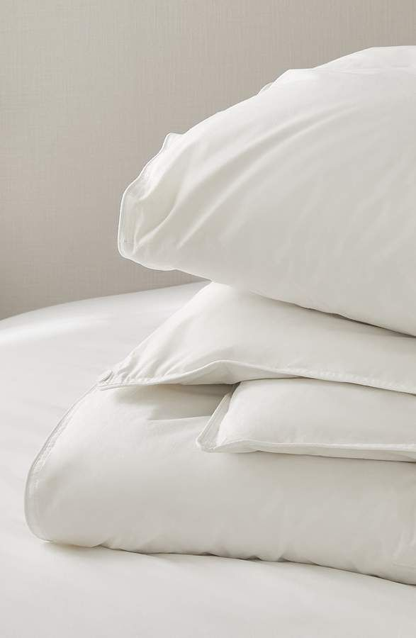 The White Comfort Deluxe Ultra Comfort Down Alternative Comforter
